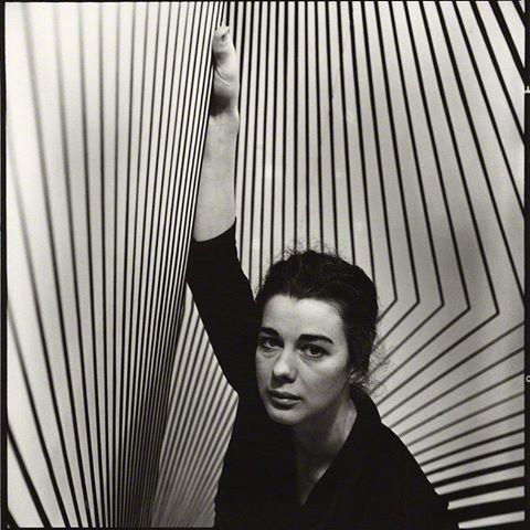 بریجیت لوئیس رایلی و یک اثر معروف آپ آرت